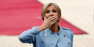 Le foto della cerimonia di insediamento di Emmanuel Macron
