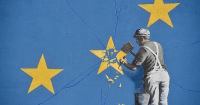 Il nuovo murale di Banksy a Dover