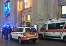 L'aggressione contro i poliziotti a Milano