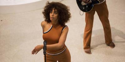Lo strano spettacolo di Solange al Guggenheim