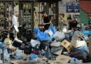 In Grecia ci sono tonnellate di rifiuti per le strade