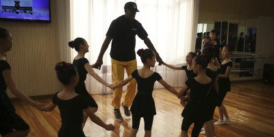 Cosa sta facendo Dennis Rodman in Corea del Nord?
