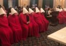 """In Ohio c'è stata una protesta contro le restrizioni sull'aborto ispirata a """"The Handmaid's Tale"""""""