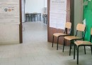 Alle 12 l'affluenza ai ballottaggi delle elezioni amministrative era del 15,54 per cento