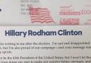 L'uomo che risponde alle lettere per Hillary Clinton