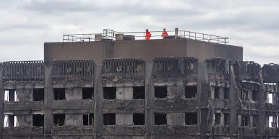 Almeno 30 morti nell'incendio di Londra