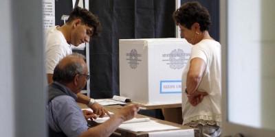 Si sta votando per i ballottaggi