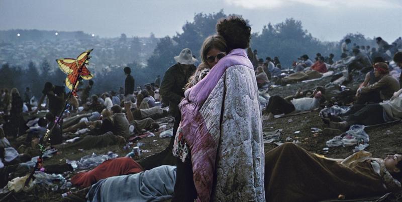 d0d475ecd745 La storia della coppia nella più famosa foto di Woodstock - Il Post