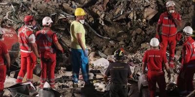 Otto morti nel crollo della palazzina a Torre Annunziata
