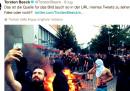 La foto del selfie durante le proteste violente al G20 è probabilmente vera