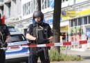Ad Amburgo una persona è stata uccisa in un'aggressione con un coltello in un supermercato