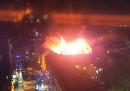 Un pezzo del Camden Lock Market è andato a fuoco