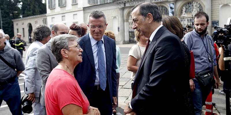 Milano, il sindaco Beppe Sala sotto scorta dopo le minacce dell'estrema destra