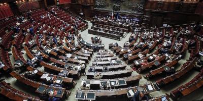 La Camera ha approvato la proposta di legge sull'apologia di fascismo, ora passa al Senato