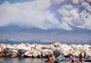 Le foto del grande incendio sul Vesuvio