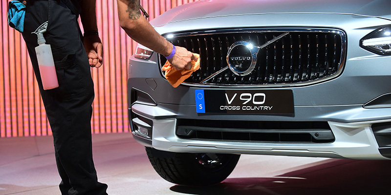 Volvo, dal 2019 prodotte solo auto elettriche