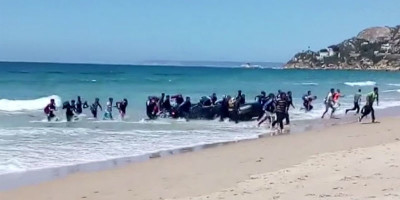 Gli sbarchi di migranti in Spagna sono triplicati