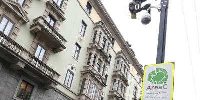 A Milano l'Area C verrà sospesa una settimana ad agosto