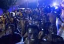Centinaia di migranti africani sono entrati a Ceuta