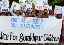 Cosa sappiamo finora della morte dei 64 bambini in un ospedale indiano