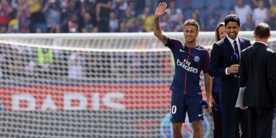 Il Barcellona vuole fare causa a Neymar per avere indietro il bonus che gli aveva dato lo scorso anno