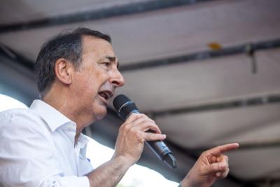Il sindaco di Milano Giuseppe Sala ha rimosso dal suo incarico il capo della polizia locale