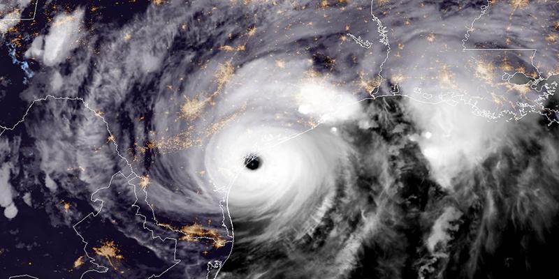 Risultati immagini per uragano