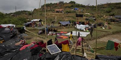 La fuga dei Myanmar Rohingya dalla ex Birmania