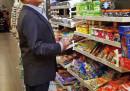 Berlusconi è uno che compra i regali ai nipoti in Autogrill