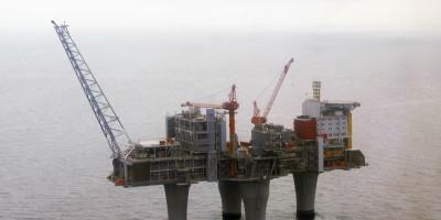 Il prezzo del petrolio è arrivato a 70 dollari al barile per la prima volta dal 2014