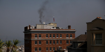 Il fumoso trasloco del consolato russo a San Francisco