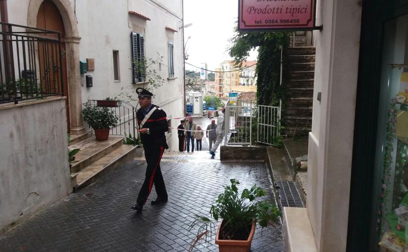 È morta la ragazza di 15 anni che ieri era stata ferita con un colpo di pistola vicino a Foggia