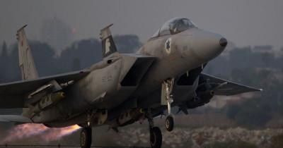 Israele ha attaccato una base militare di Assad in Siria