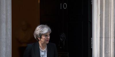 Theresa May non ha apprezzato i commenti di Trump sulla bomba a Londra