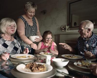 Famiglie britanniche a tavola