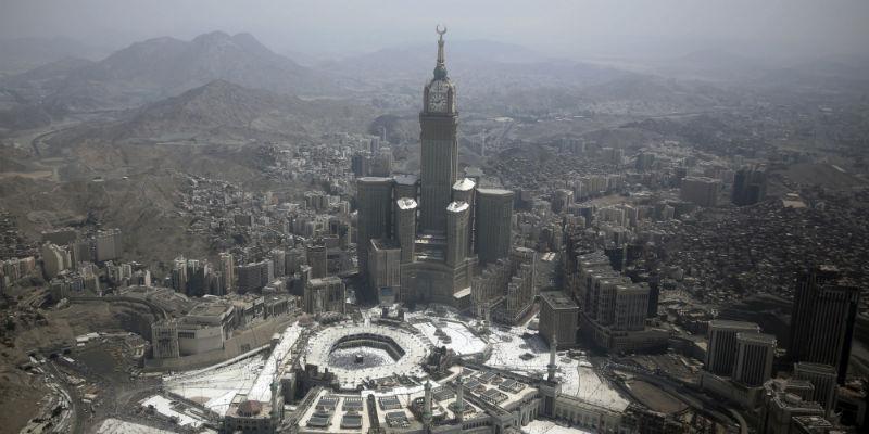 Svolta storica in Arabia Saudita: le donne potranno entrare allo stadio