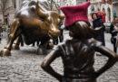 """La società che ha finanziato la statua """"Fearless Girl"""" di New York ha pagato 5 milioni di dollari per risolvere accuse di discriminazione"""