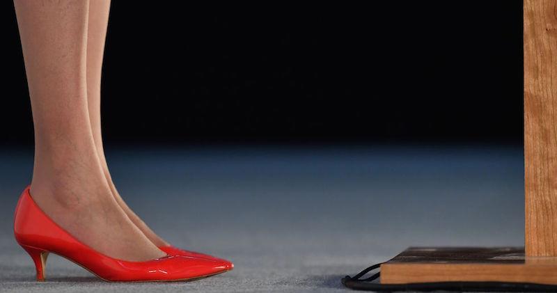I tacchi bassi del primo ministro britannico Theresa May (BEN  STANSALL AFP Getty Images) 8aa91794a61