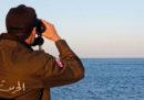 Un barcone di migranti si è scontrato con una nave al largo della Tunisia, ci sono almeno 8 morti