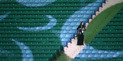 Arabia Saudita, donne negli stadi dal 2018: svolta storica per la monarchia