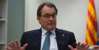 L'ex presidente catalano, indipendentista, ha detto che la Catalogna non è pronta per un'«indipendenza reale»