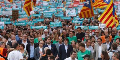 Cosa significa che la Spagna ha commissariato la Catalogna