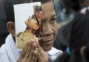 In Thailandia oggi stanno facendo il funerale al re morto un anno fa