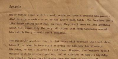 """Il riassunto di """"Harry Potter"""" che J.K. Rowling inviò alle case editrici per farlo pubblicare"""