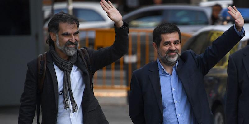 Sale tensione in Catalogna, arrestati due leader indipendentisti