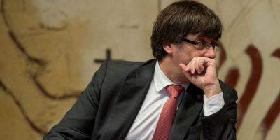 Le tre opzioni di Carles Puigdemont