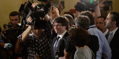 In Catalogna è diventata una partita a scacchi