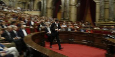 La Catalogna ha dichiarato l'indipendenza o no?