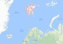 Un elicottero russo con otto persone a bordo è caduto in mare al largo delle isole Svalbard