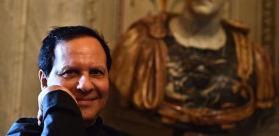 Morto il famoso stilista azzedine ala a aveva 77 anni for Stilista francese famoso